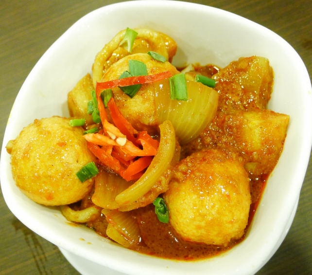 Curry Fishball